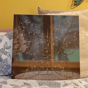 Pre lit butterfly  Wall or tabletop decor